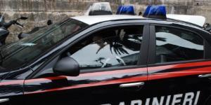 Bimba travolta da un'auto: conducente in fuga.