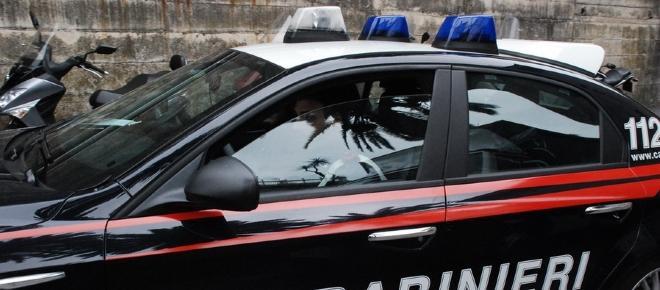 Cosenza: bimba travolta da un'auto in fuga
