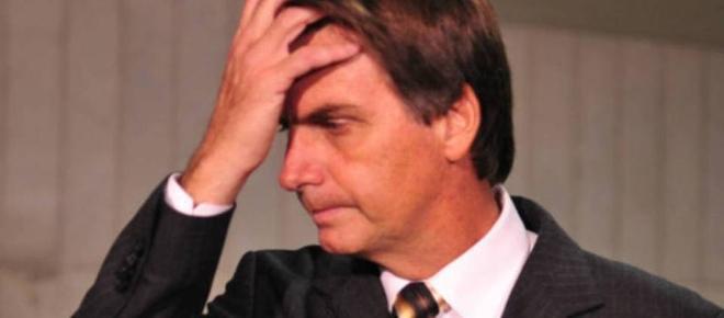 Bolsonaro diz que se absteve em votação por medo e decepciona seus seguidores