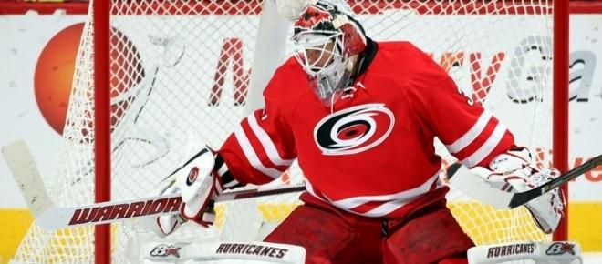 Hurricanes lose key goalie in loss to Red Wings