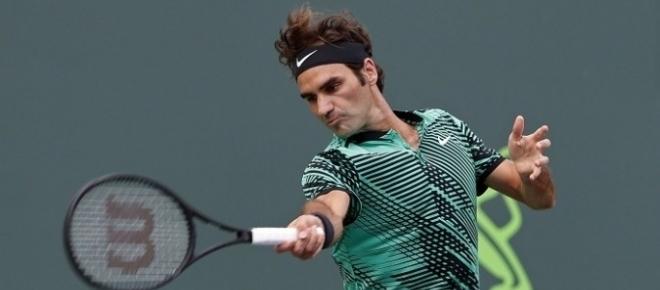 Federer cruises against Del Potro at Miami Open