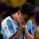 Leo Messi no tiene consuelo tras su sanción