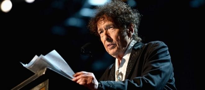 Bob Dylan ritirerà il Premio Nobel: tormentone finito?