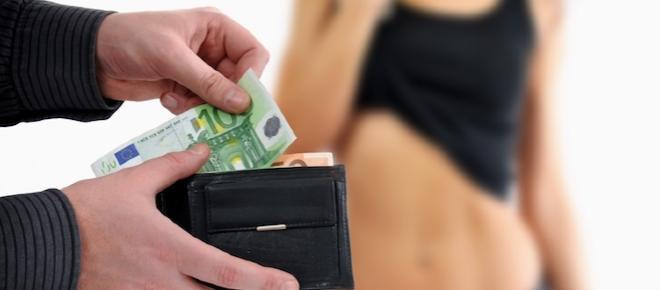 Vende la sua verginità sul web, l'acquista un businessman di Hong Kong