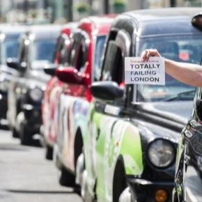 Uber, transport and the UK. Photo sourced via Blasting News library