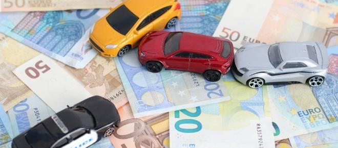 Circolazione stradale: indennizzo diretto con tre veicoli coinvolti, quando?