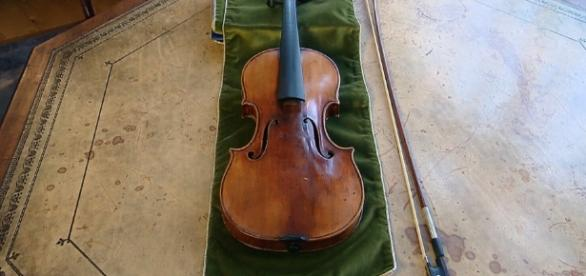 The recovered 1696 Stradivarius