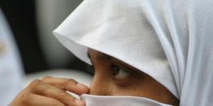 Bologna, ragazza di 14 anni rifiuta il velo. La sua famiglia la ... - lastampa.it