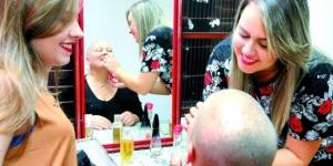 Mulher fingiu ter cancro para faltar ao trabalho.