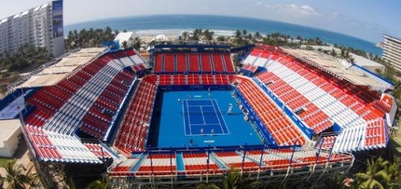 estadio de Acapulco, con una capacidad para siete mil espectadores