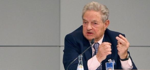George Soros. Steckt er mal wieder dahinter? (Foto: Stabsfeldwebel Harald Dettenborn / WikiCommons/ CC BY-SA 3.0)
