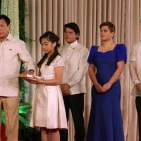 Rodrigo Duterte - presedintele Republicii Filipinelor la depunerea juramantului : Sursa Corriere Della Sera