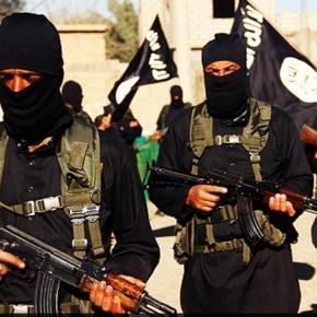 La nuova ordinanza dell'Isis a Raqqa imporrebbe a tutti i maschi adulti il look da miliziano jihadista