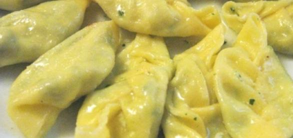 Tortellini con ripieno di ricotta e spinaci - pinterest.com