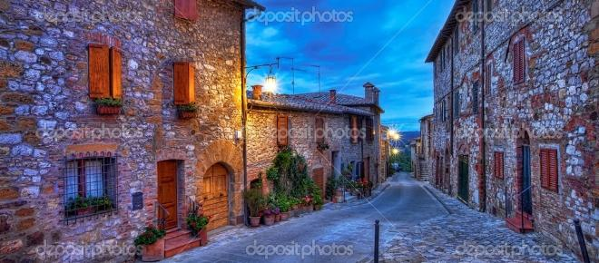 Kleine und schöne Städte in Italien