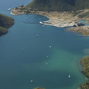 Las Instalaciones de la marina y 9 predios de puerto Escondido también llamado puerto Loreto fueron vendidos a una compañía de USA