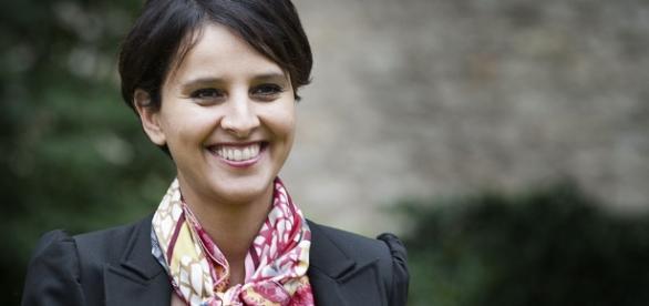 Najat Vallaud-Belkacem s'en prend à Emmanuel Macron