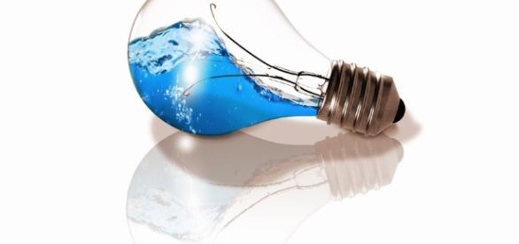 Azul es elcolor de la solidaridad con las personas con TEA. Public Domain.