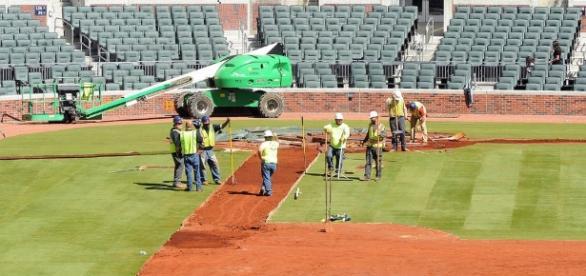 Turf goes in as the Atlanta Braves' SunTrust Park debut nears ... - gwinnettdailypost.com