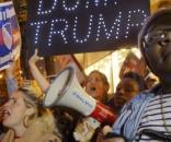 Gwałtowne protesty przeciwników Trumpa (fot. thenation.com)
