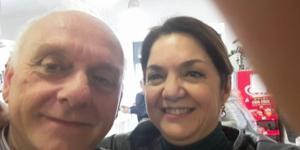 La candidata del M5S Marika Cassimatis ha postato una foto con il suo avvocato su Facebook