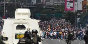 Dos muertos en la gran marcha opositora en Venezuela