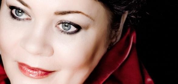 Lithuanian mezzo-soprano Violeta Urmana now in Metropolitan Opera's 'Aïda.' Photo: Christine Schneider, courtesy of artist, used with permission.