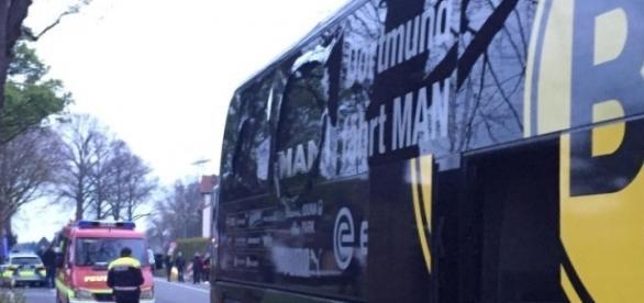 Sprengstoffanschlag auf BVB-Bus - Spiel vertagt | Radio AllgäuHIT - allgaeuhit.de