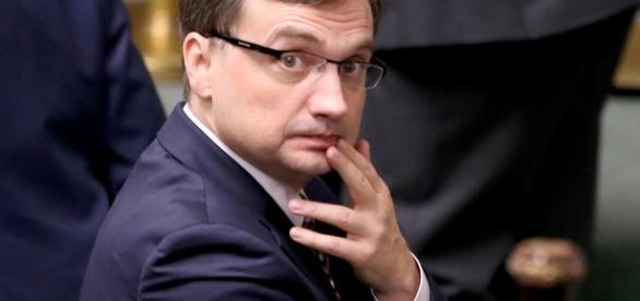 Zbigniew Ziobro - likwidator niezależnych sądów