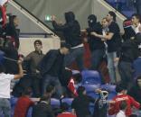 Foram registrados tumultos dentro e fora do estádio