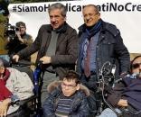 La protesta dei disabili siciliani contro il presidente della Regione Sicilia Crocetta