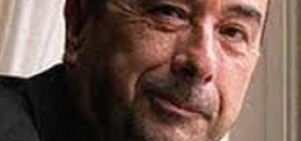 José Luis Garci vuelve a hacer una película después de 5 años de retiro voluntario.