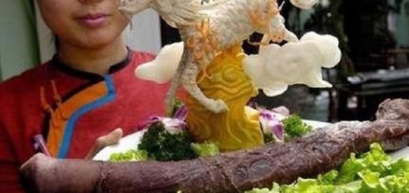 Pênis de Iaque, um prato que é famoso no Restaurante Guolizhuang de Pequim