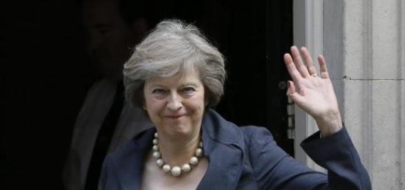 Theresa May vuole un Regno Unito forte all'interno e all'esterno