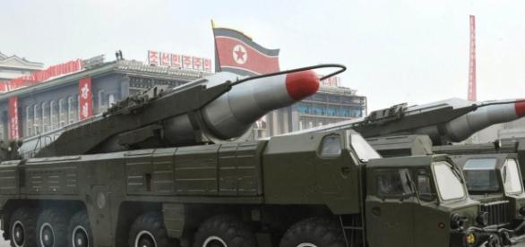 Foto do que poderia ser um míssil balístico intercontinental (ICBM - sigla em inglês)