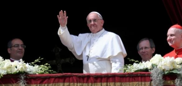 Pope Francis gives Easter message - Photo: Blasting News Library - tbnsport.com
