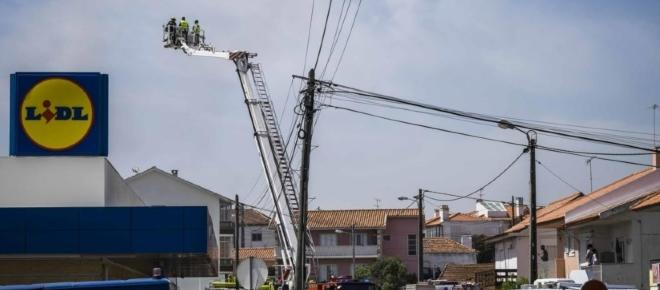 Aeronave despenha-se em Tires e faz 5 mortos e vários feridos