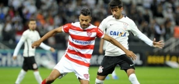 Joãozinho jogou o Paulistão pelo Linense