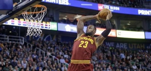LeBron James will surpass Kobe Bryant on the scoring list - oregonlive.com