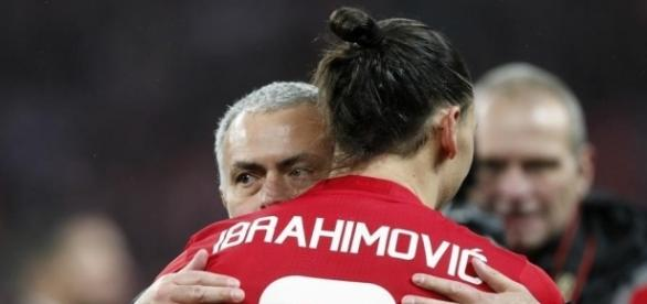 Manchester United fans must urge Zlatan Ibrahimovic to stay, says ... - hindustantimes.com