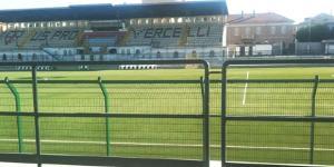 In foto lo stadio Silvio Piola di Vercelli
