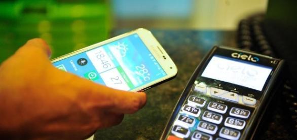 Baratas, as contas digitais somem dos grandes bancos