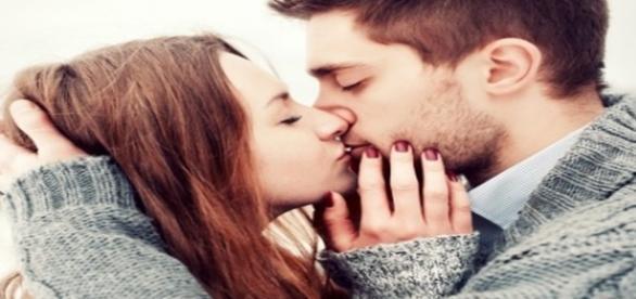 Dicas de como ter um beijo de língua perfeito