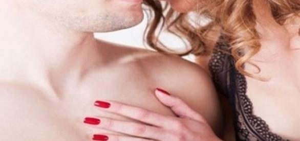 Sexóloga dá dicas de como apimentar o relacionamento