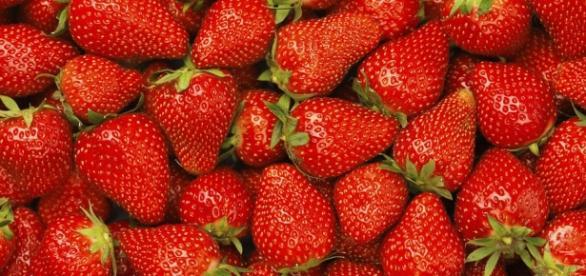 Das dürfen Frutarier essen: Erdbeeren - femlife.de
