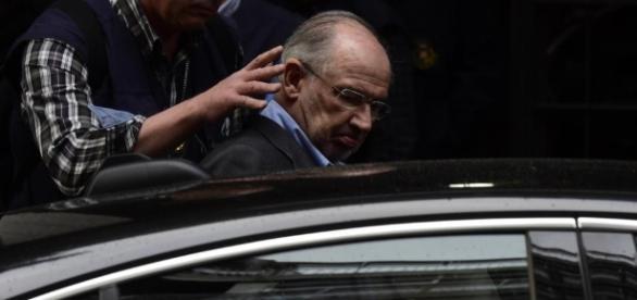 Rodrigo Rato, en libertad tras ser detenido por fraude, blanqueo y ... - elmundo.es