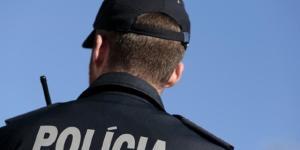 Mais um polícia agredido no cumprimento do dever.