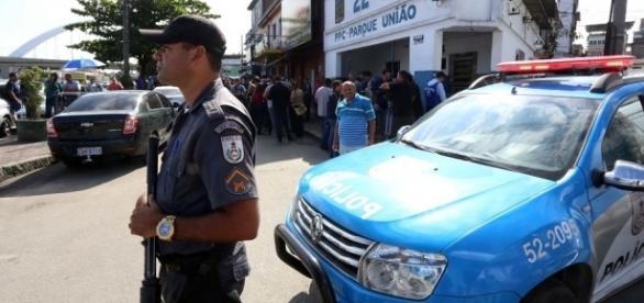 Pastor é alvo da Lei Seca no Rio de Janeiro