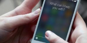Siri potrà accedere ai messaggi in arrivo su Whatasapp e leggerveli velocemente
