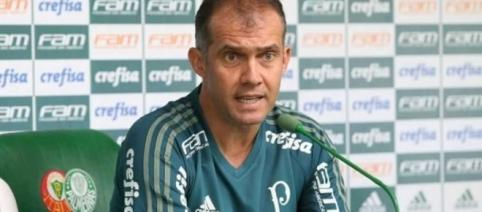 Palmeiras de Eduardo Baptista busca grande virada